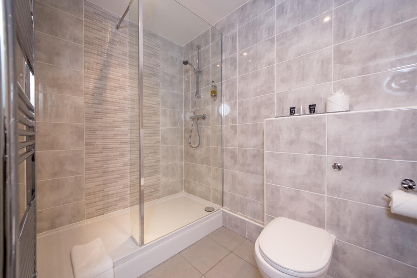 York Hotel Renovations - Bathroom